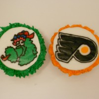 Phillie Phanatic and Flyers